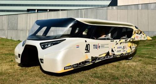 Arriva Stella Lux, l'auto a energia solare superefficiente